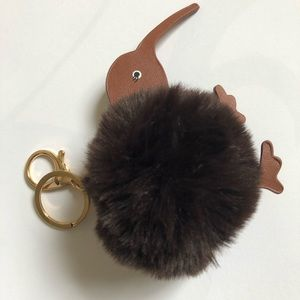 Accessories - Kiwi pompom Keychain